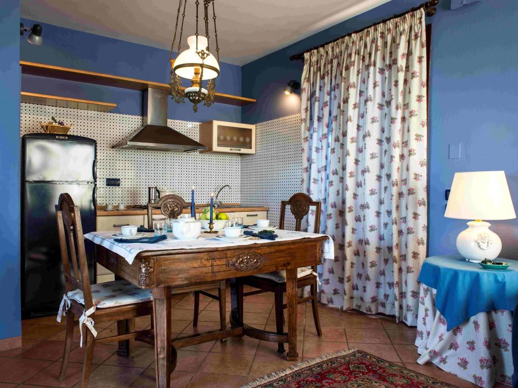 Casa di Caccia - Cucina e Tavolo -